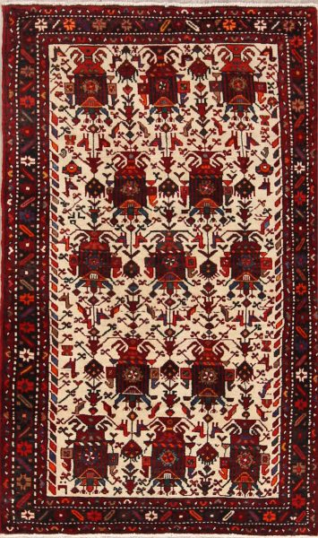 Geometric Tribal Ivory 4x7 Gharajeh Persian Area Rug