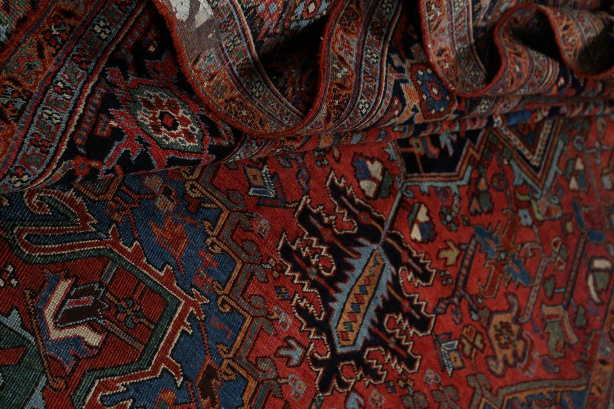 Geometric 7x10 Heriz Persian Area Rug