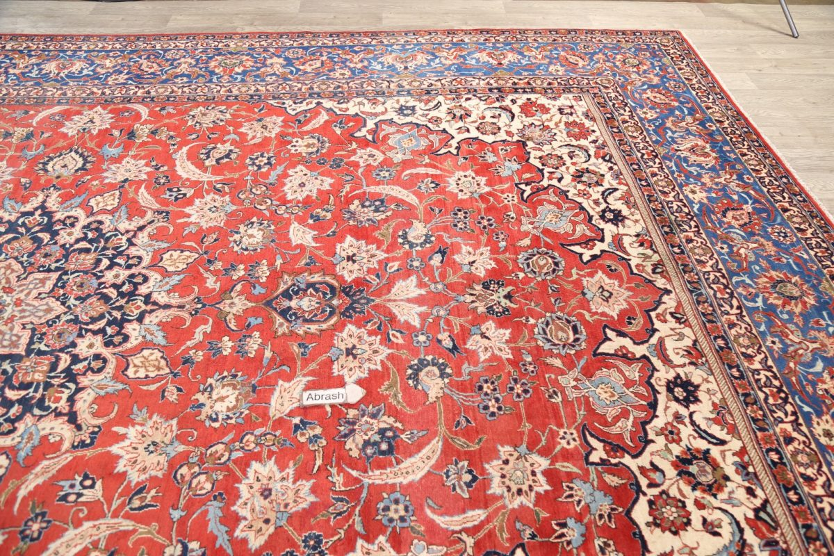 Floral 11x16 Isfahan Persian Area Rug
