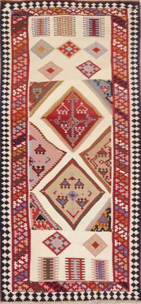 Ivory Geometric Kilim Shiraz Persian Runner Rug 3x7