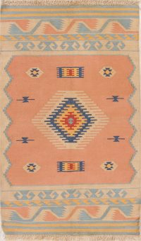 Hand-Woven Peach Geometric Tribal Kilim Shiraz Persian Wool Rug 3x5