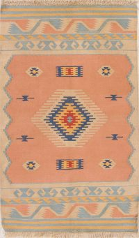 Hand-Woven Peach Geometric Tribal Kilim Shiraz Persian Wool Rug 3x5