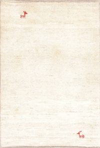 Solid Ivory Gabbeh Persian Hand-Knotted 3x5 Wool Rug